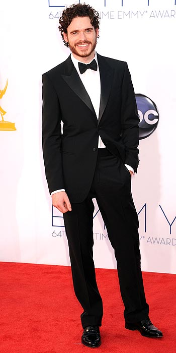 http://img5.timeinc.net/people/static/common/gallerytool/people/2012-emmys-arrivals/images/01419-richard-madden-350.jpg